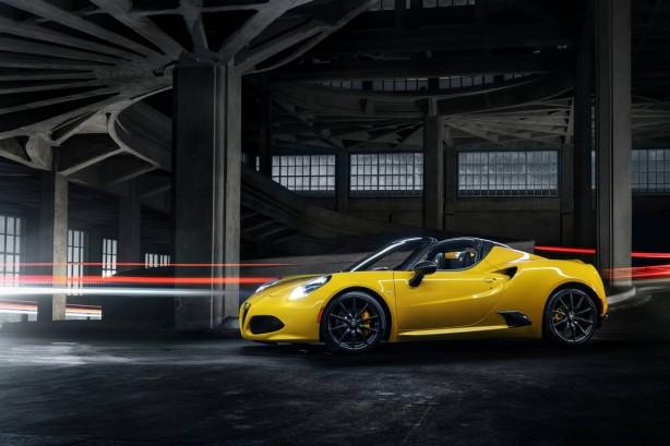 2015 Alfa Romeo 4C Spider side