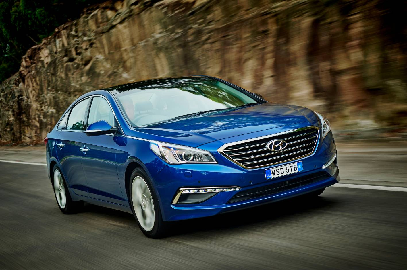 all new 2015 hyundai sonata launched from 29 990. Black Bedroom Furniture Sets. Home Design Ideas