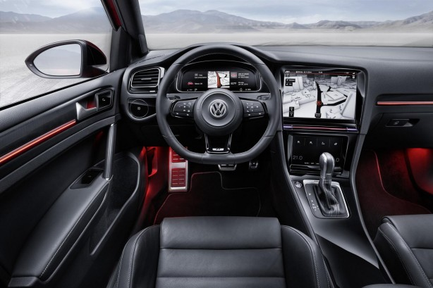 Volkswagen Golf R Touch concept Active Information Display