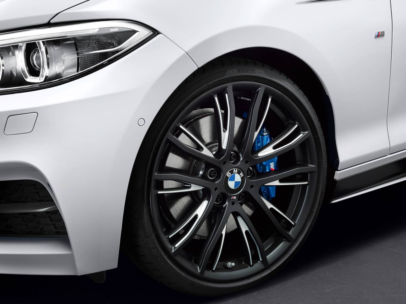 BMW Series Convertible Gains M Performance Parts ForceGTcom - Bmw 2 series weight