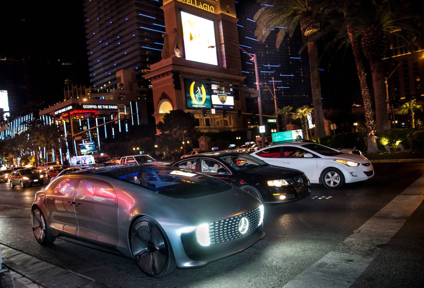 Self Driving Mercedes Benz F 015 Luxury In Motion