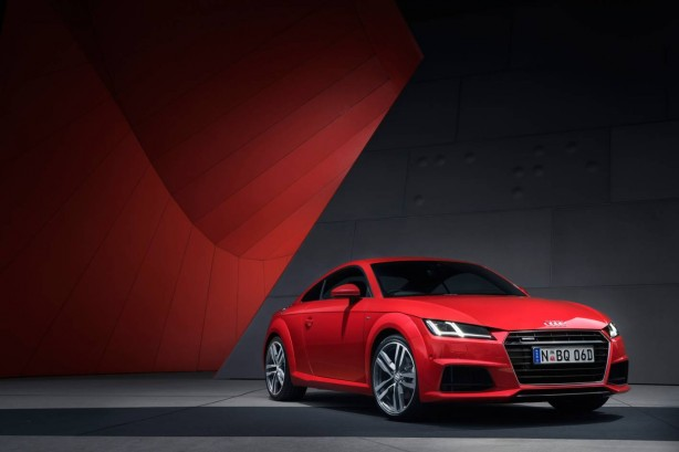 2015 Audi TT S Line front quarter
