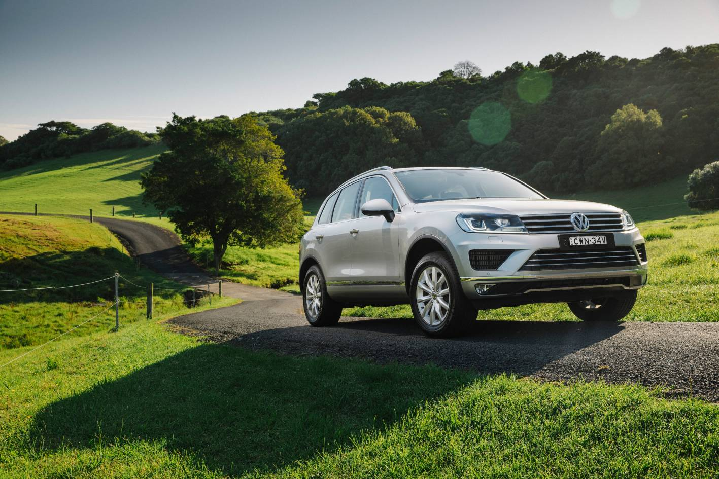 volkswagen cars news 2015 vw touareg refreshed with more equipment. Black Bedroom Furniture Sets. Home Design Ideas