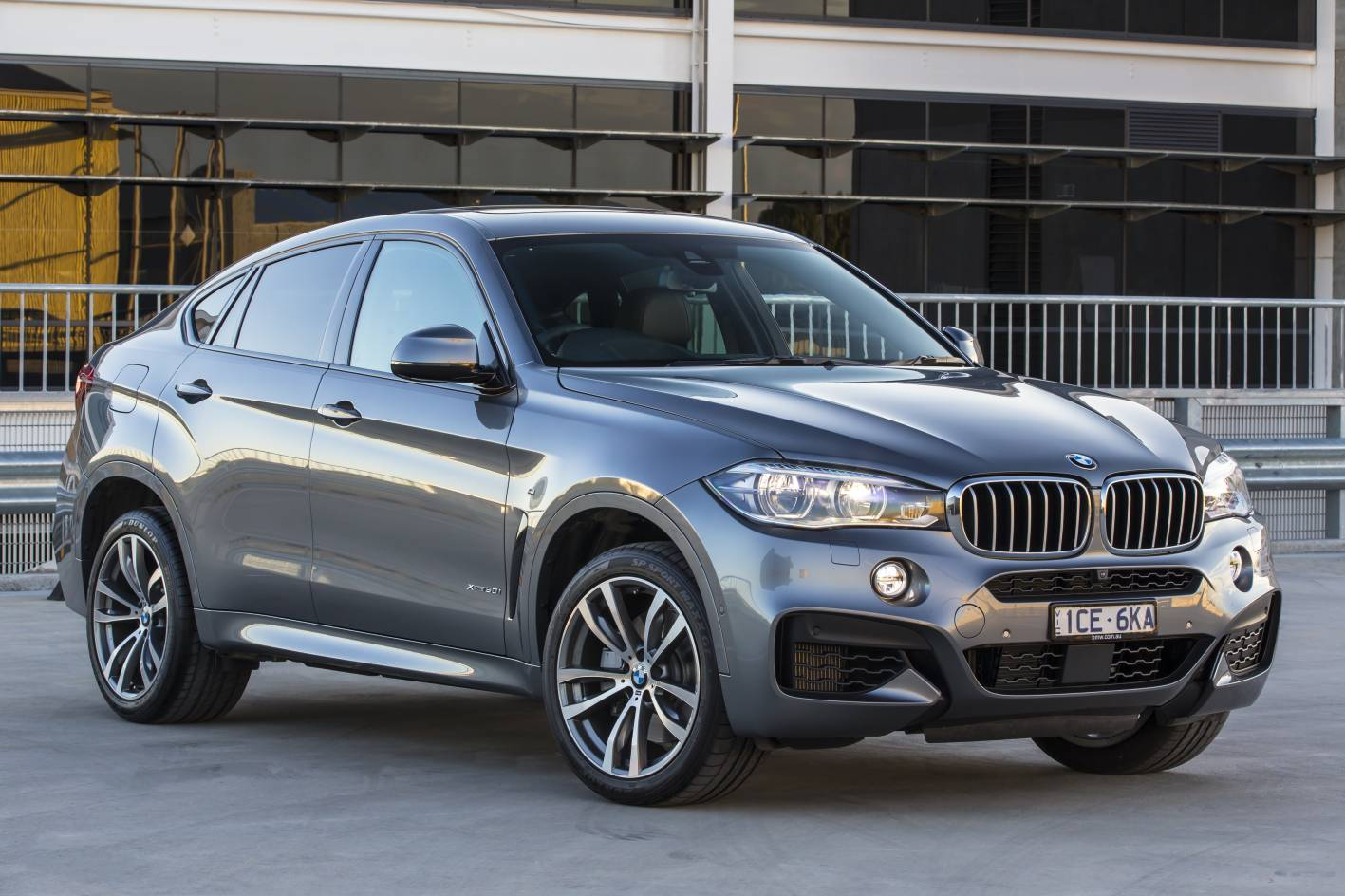 bmw cars news 2015 x6 arrives in australia from 115 400. Black Bedroom Furniture Sets. Home Design Ideas