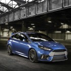 2016 Ford Focus RS front quarter-1