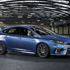 2016 Ford Focus RS front quarter