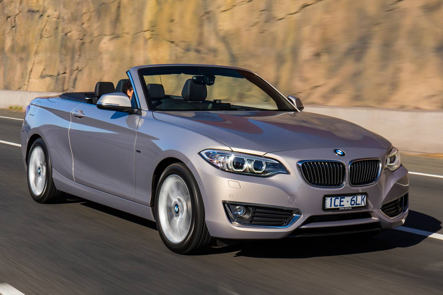 bmw 2 series convertible arrives down under. Black Bedroom Furniture Sets. Home Design Ideas