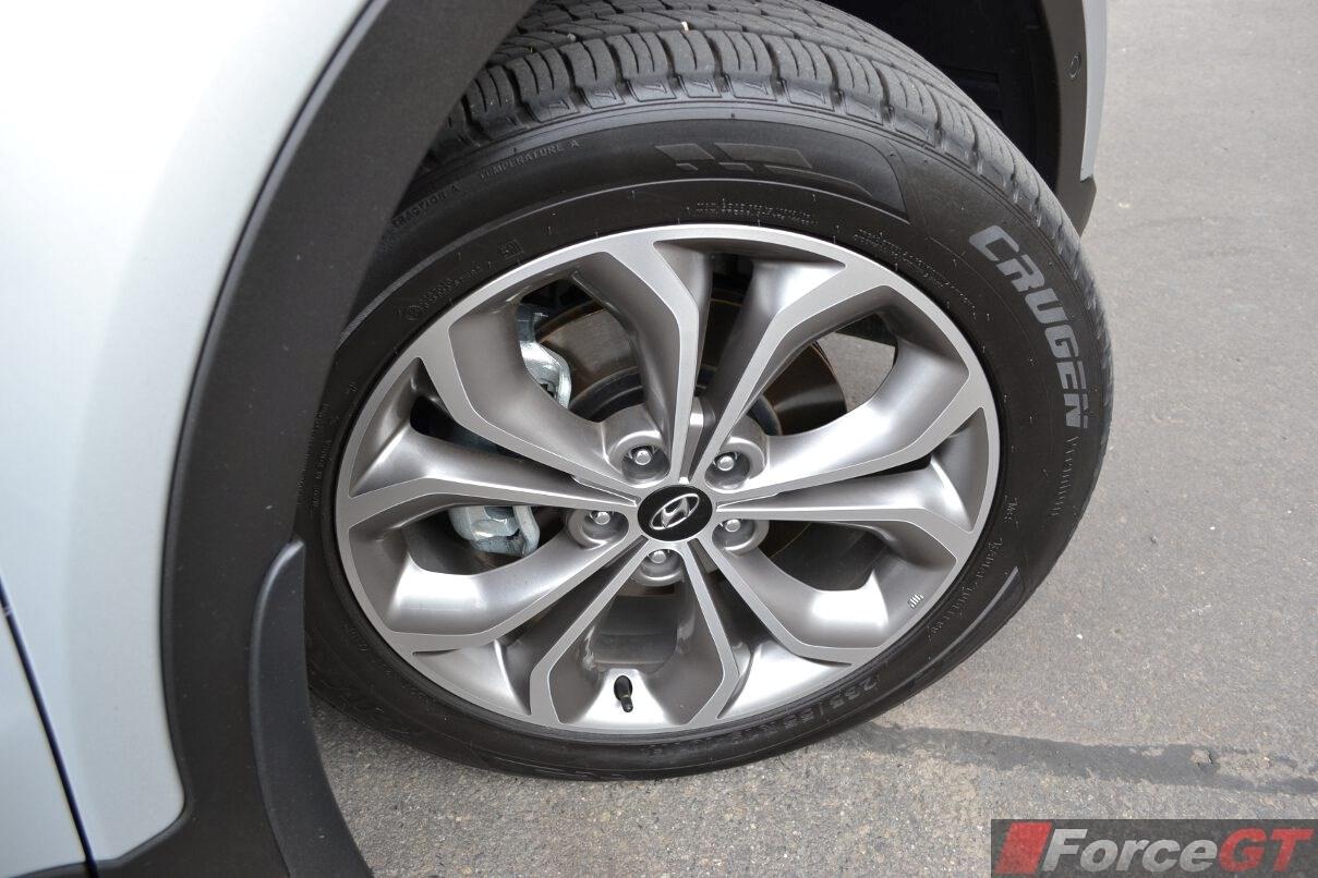 Mazda Cx 9 Dimensions >> Hyundai Santa Fe Review: 2015 Santa Fe