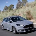 2016-ford-focus-st-front-quarter-rolling2