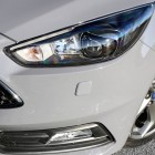 2016-ford-focus-st-headlights