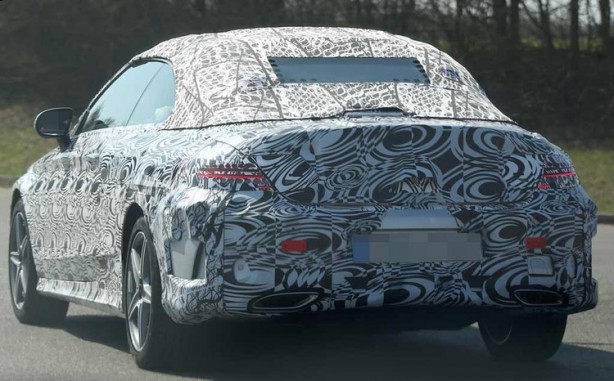 Mercedes C-Class cabriolet spy photo rear