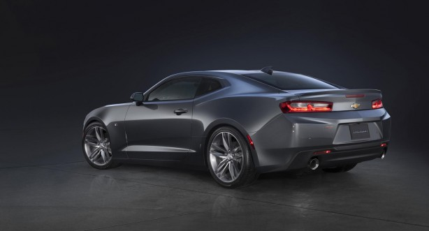 2016 Chevrolet Camaro SS rear quarter