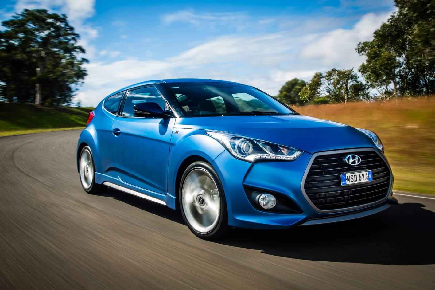 2016 hyundai veloster pricing and specification. Black Bedroom Furniture Sets. Home Design Ideas