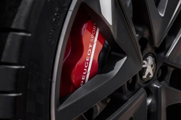 2015 Peugeot 308 GTi red calipers