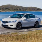2015-honda-accord-sport-hybrid-front-quarter3