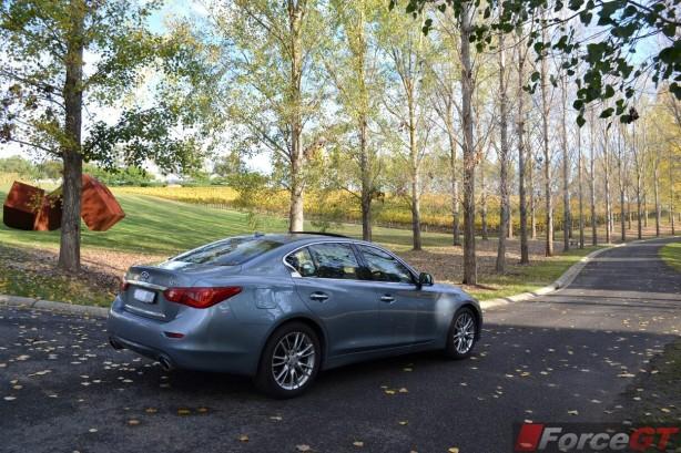 2015-infiniti-q50-rear-quarter