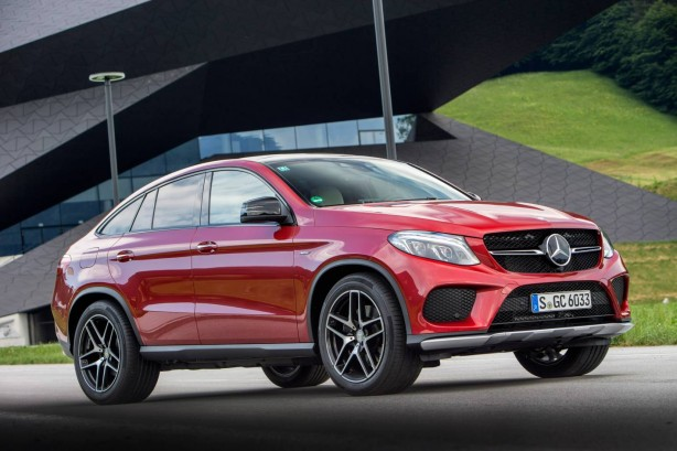 2015-mercedes-gle-coupe-front-quarter3