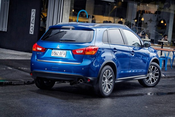 2015-mitsubishi-asx-facelift-rear-quarter