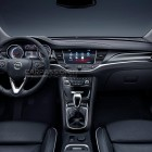 2016 Opel Astra leaked image interior-1