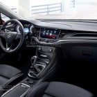 2016 Opel Astra leaked image interior