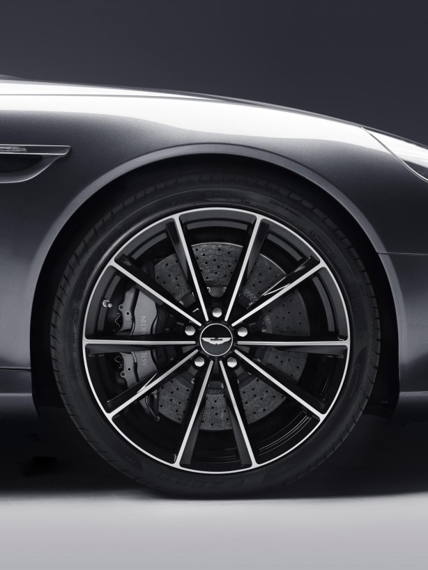Aston Martin DB9 GT wheel
