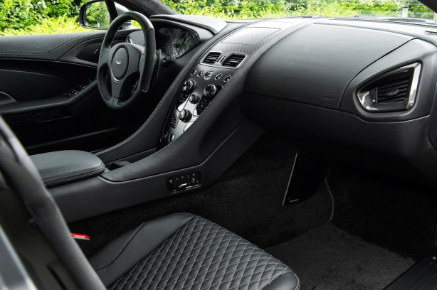 Aston Martin Vanquish One of Seven interior
