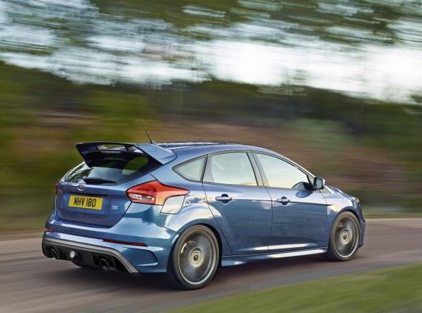 ford-focus-rs-rear-quarter2