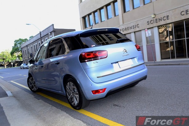 2015 Citroen C4 Picasso rear quarter