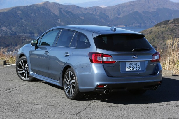 2015-Subaru-Levorg-rear-three-quarters