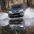 2015 Toyota Fortuner front