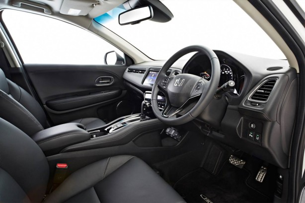 2015-honda-hr-v-interior