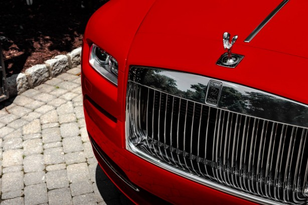 Rolls Royce Wraith St. James Edition grille