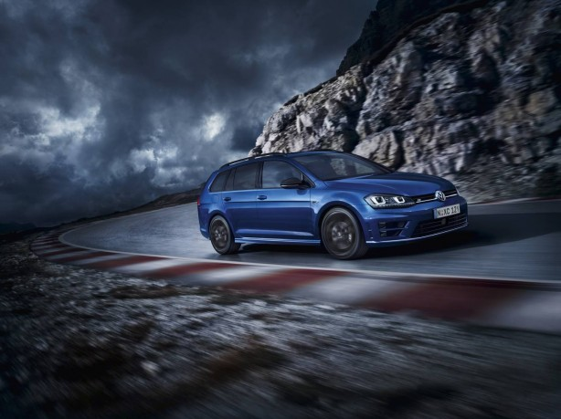 Volkswagen Golf R Wagon Wolfsburg Edition side