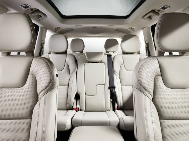 2015 Volvo XC90 seats