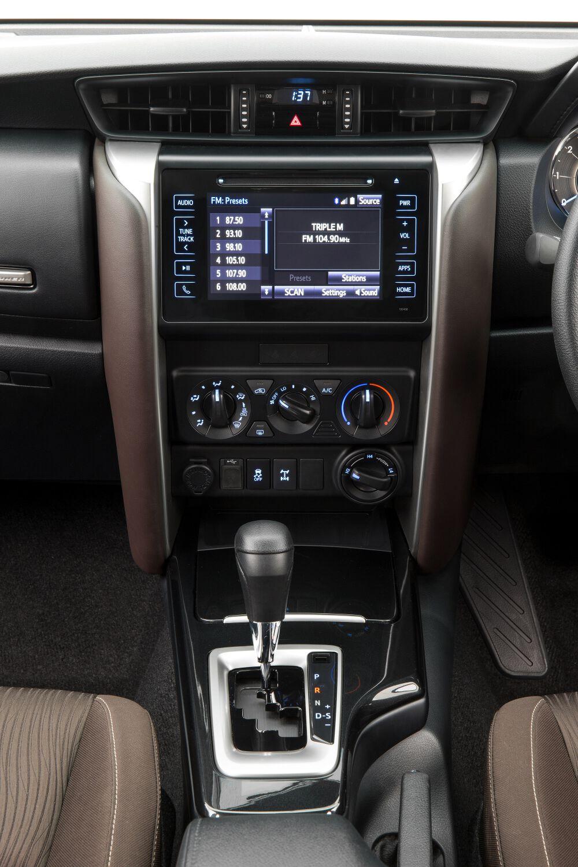 toyota cars news fortuner interior refinement detailed. Black Bedroom Furniture Sets. Home Design Ideas