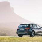 2016 Audi Q7 rear quarter