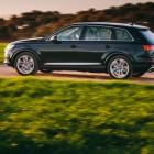 2016 Audi Q7 side
