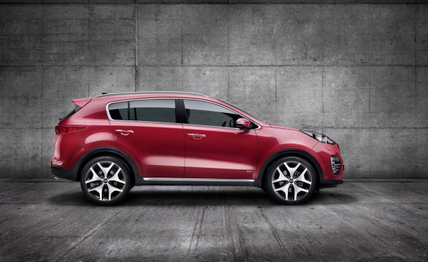 2016 Kia Sportage side