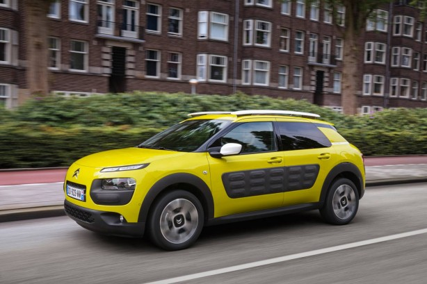 2016-citroen-c4-cactus-side