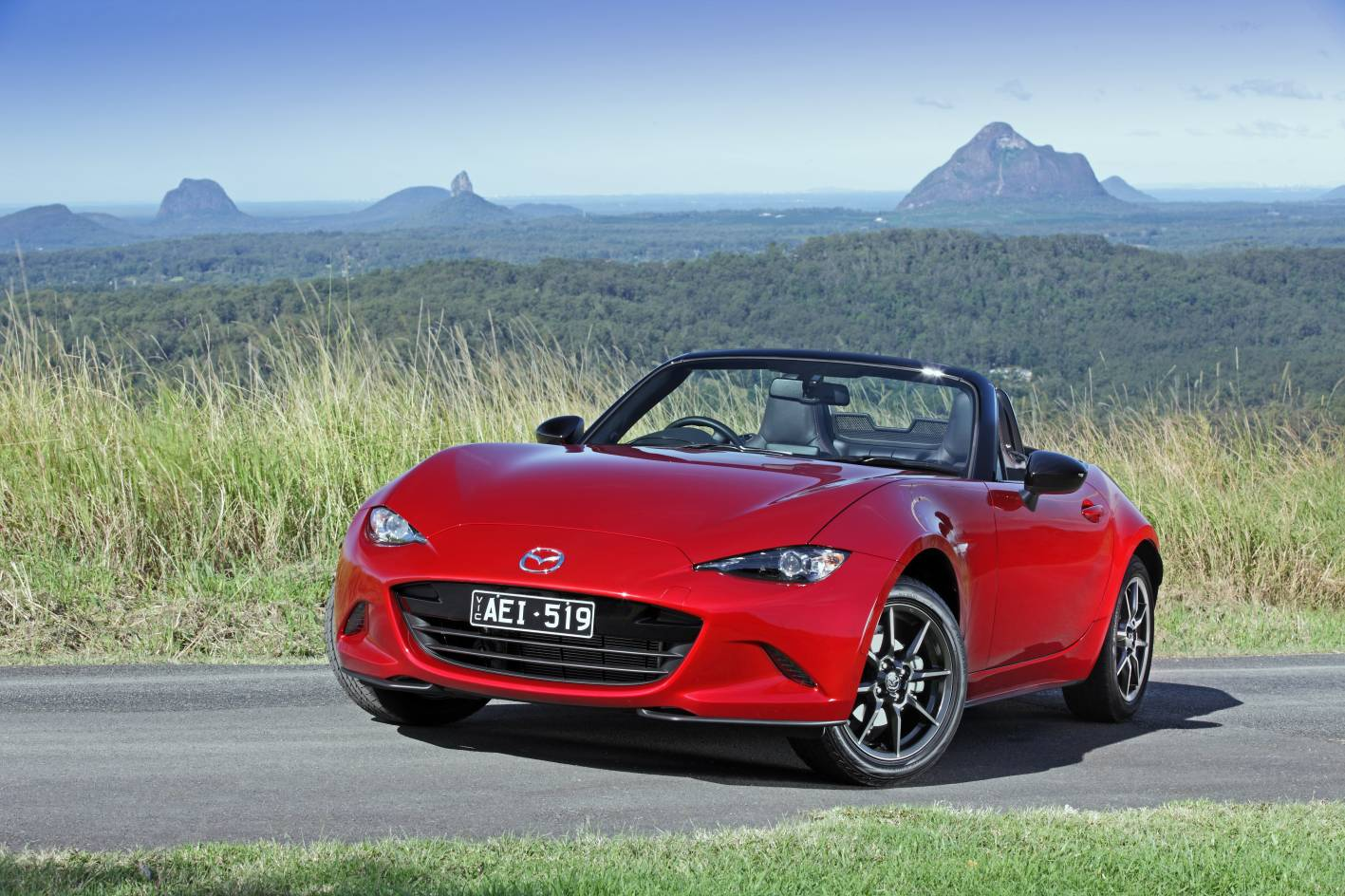 fourth generation mazda mx 5 arrives in australia. Black Bedroom Furniture Sets. Home Design Ideas