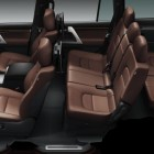 2016-toyota-landcruiser-200-series-facelift-cabin