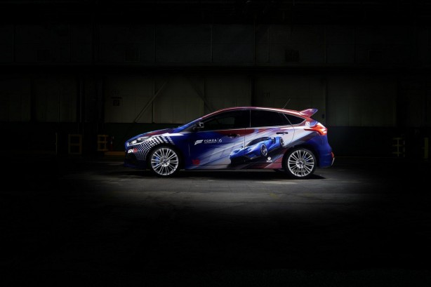Forza Ford Focus RS side