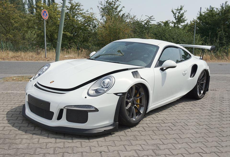 Brand New Porsche 911 Gt3 Rs Wrecked Forcegt Com