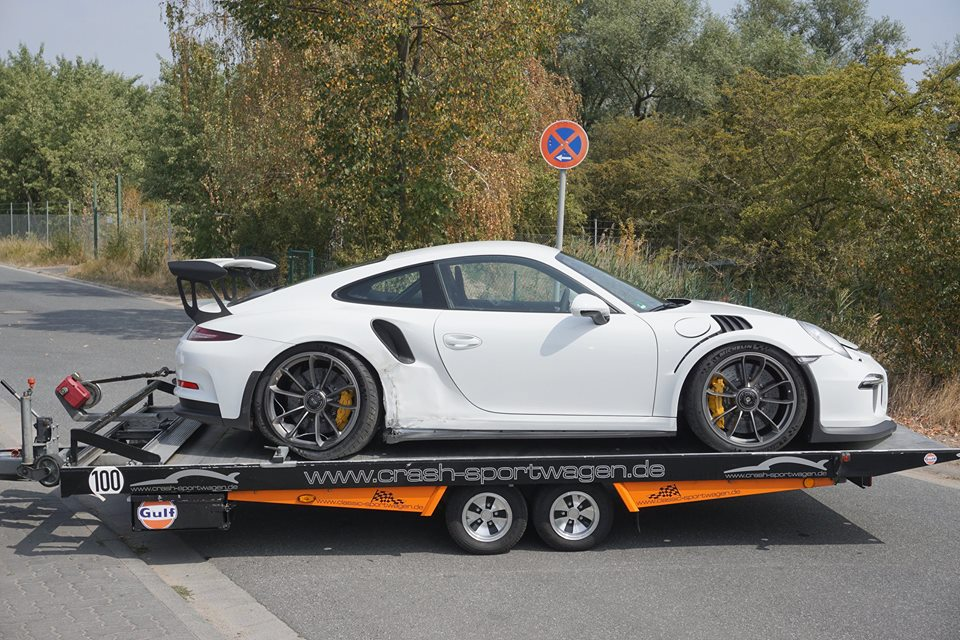 brand new porsche 911 gt3 rs wrecked. Black Bedroom Furniture Sets. Home Design Ideas