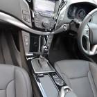 2015-hyundai-i40-sedan-centre-console