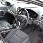 2015-hyundai-i40-sedan-interior