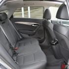 2015-hyundai-i40-sedan-rear-seats