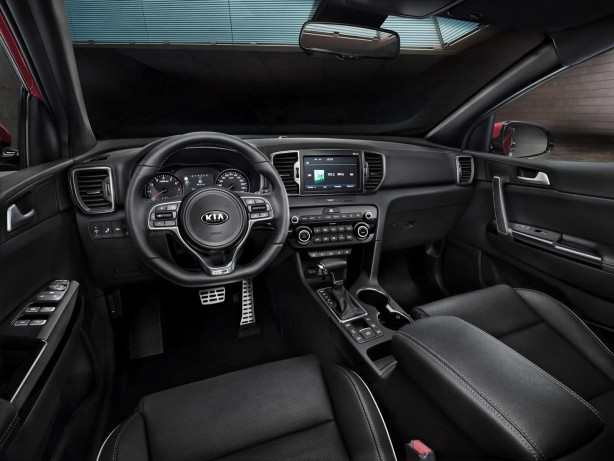 2016-kia-sportage-interior-dashboard