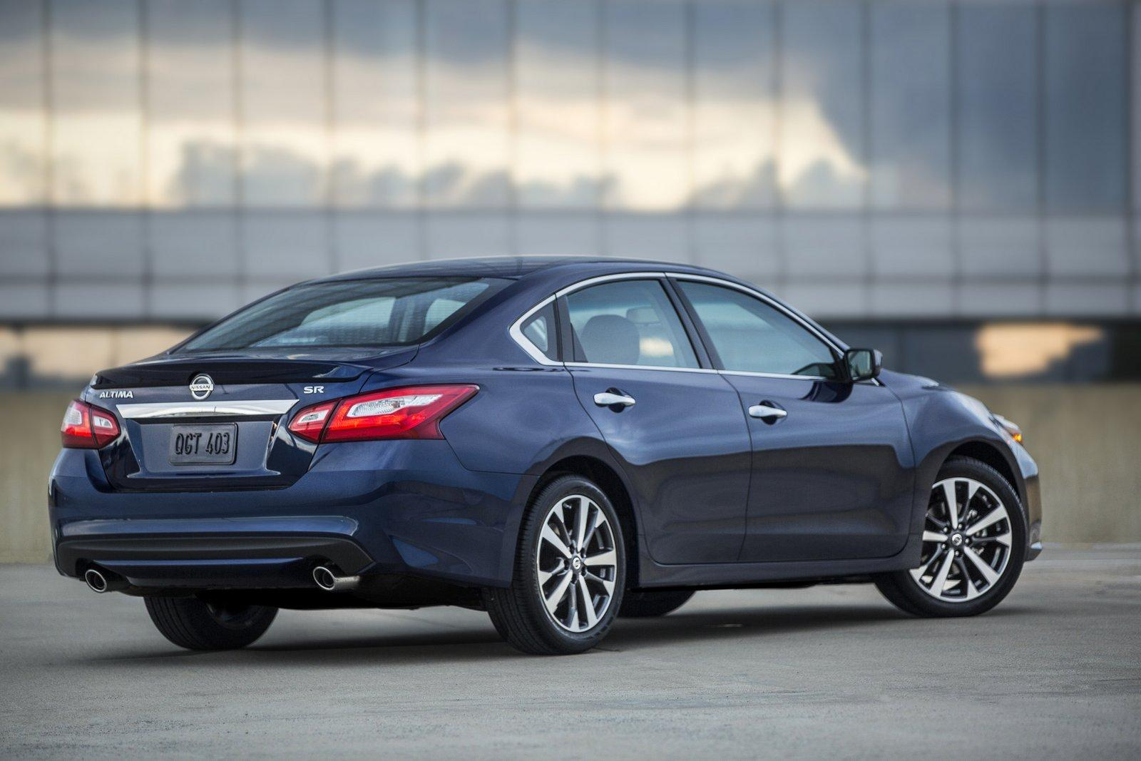 nissan altima facelifted for 2016