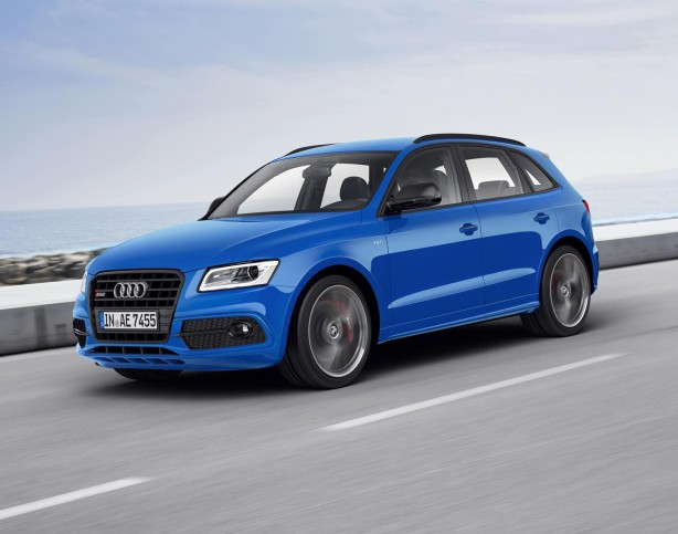 Audi SQ5 TDI plus front quarter